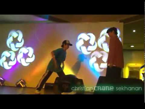 "Christian ""Crane"" Sekhanan @ BODYHEAT 2010 1-on-1 Popping battle"