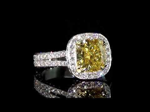 經GIA鑑定3.02克拉艷彩黃鑽石戒指