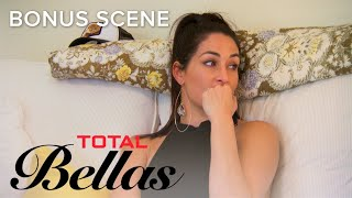 "Nonton Nikki Bella Worries She Made ""The Worst Decision of Her Life"" 