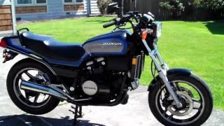 10. 1985 Honda Sabre VF700S