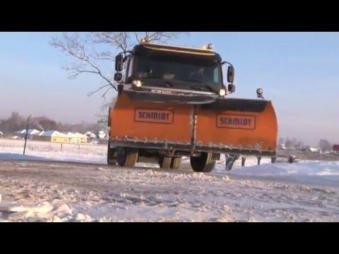 Ielu un gājēju ietvju uzkopšana ziemā Valmierā
