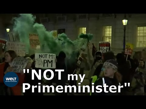 Demonstration von Johnson-Gegnern: »Not my Primeminist ...