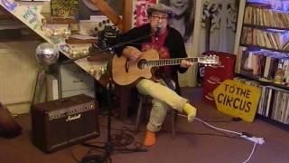 Video Clean Bandit - ft. Sean Paul & Anne-Marie - Rockabye - Acoustic Cover - Danny McEvoy download in MP3, 3GP, MP4, WEBM, AVI, FLV Februari 2017