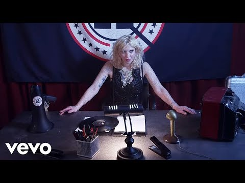 Courtney Love In New Fall Out Boy Video
