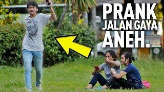 Video PRANK JALAN GAYA ANEH BIKIN NGAKAK NGELIATNYA   Prank Indonesia MP3, 3GP, MP4, WEBM, AVI, FLV Mei 2019