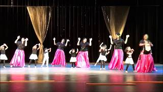 A beautiful dance presented by Mom and Kids group.