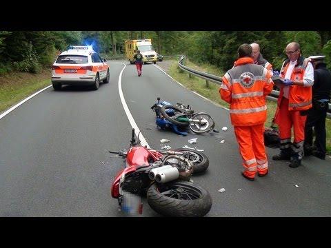 Vöhl: Ducatifahrer nach Unfall in Lebensgefahr