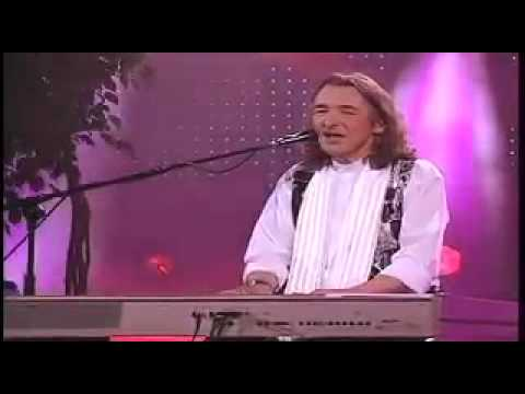LOGICAL - Roger Hodgson, co-founder of Supertrmap, wrote and composed this classic, The Logical Song, which is just as relevant today as it was when it was released. P...