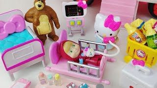 Video Masha and Bear Hello Kitty ambulance Hospital car toys doctor play 마샤와 곰 헬로키티 구급차 의사 병원놀이 자동차 장난감 MP3, 3GP, MP4, WEBM, AVI, FLV Oktober 2017
