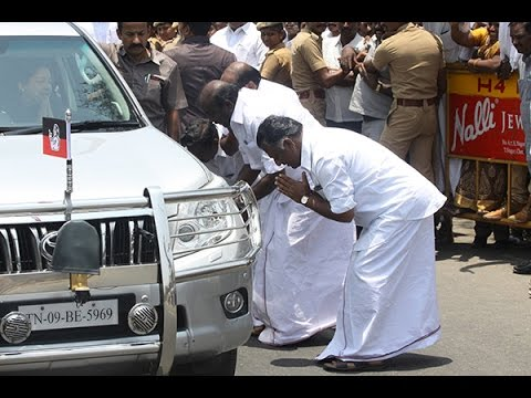 OPS-respecting-jayalalithas-car