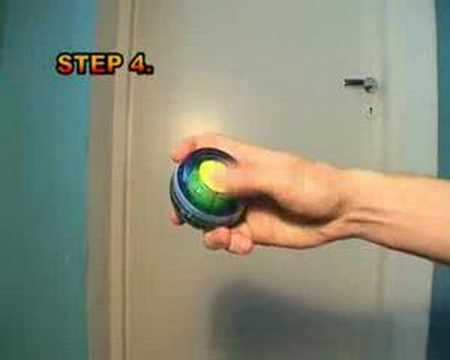How to start the powerball with one hand?