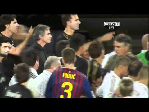 Mourinho attack (видео)