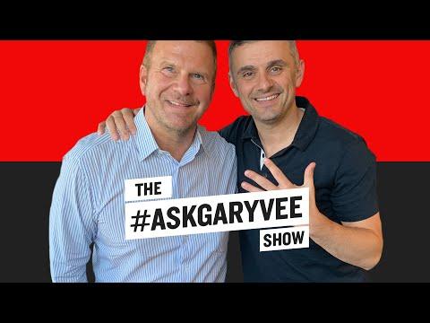 #AskGaryVee 326 | Tilman Fertitta