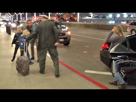 Naomi Watts And Liev Schreiber Go Separate Ways At LAX Amid Split