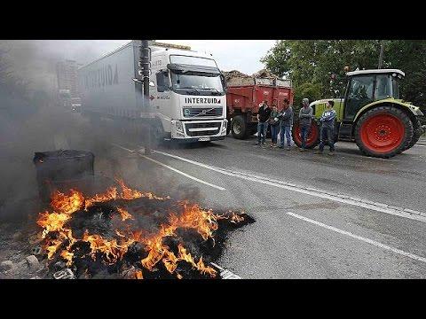 Fransız çiftçilerden ithal tarım ürünlerine engel