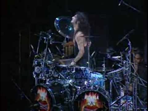 Dream Theater - Ytse Jam online metal music video by DREAM THEATER