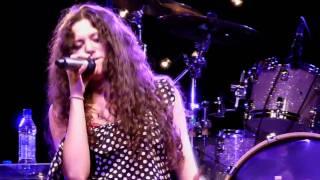 Download Lagu Eliza Doolittle - Grenade (Bruno Mars cover) live Leeds University Student Union 01-04-11 Mp3
