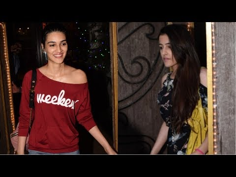 Kriti Sanon With Her Sister Spotted At Myra Saloon
