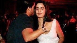 XxX Hot Indian SeX Siddharth Mallya S Hand Inside Katrina Kaif S Top SHOCKING .3gp mp4 Tamil Video