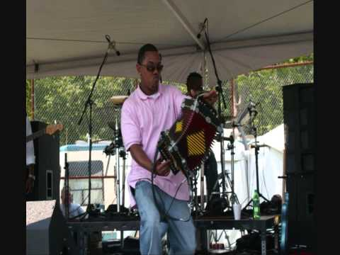 Suzy Q - Leon Chavis and the Zydeco Flames