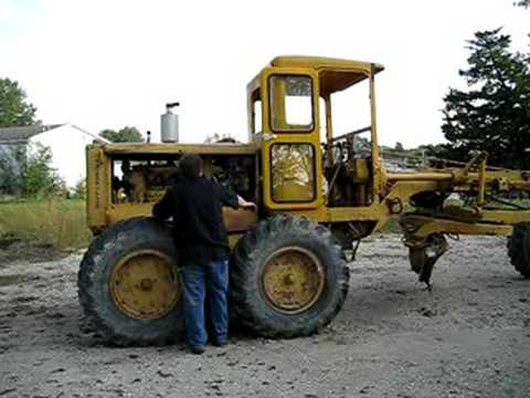 Starting the engine on a Cat Grader