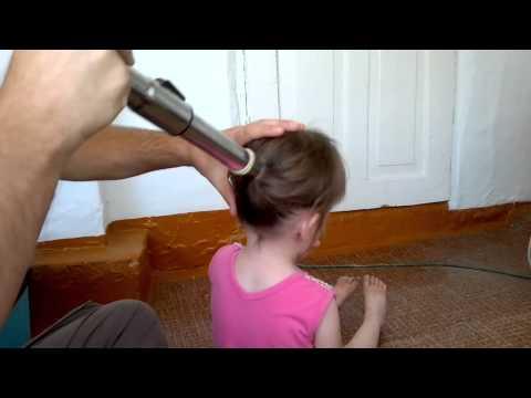 видео отец делает дочь женщиной