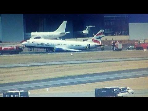 Ν.Αφρική: Αεροπλάνο προσγειώθηκε με την «κοιλιά»