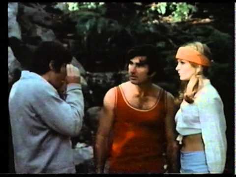 The Single Girls (aka Bloody Friday, Placer Sangriento - Beverly Sebastian, 1974) VHSRip