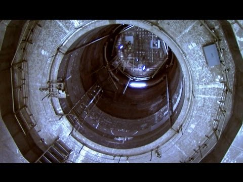 Nuclear Reactor - Jem Stansfield explores a never used reactor core at the Zwentendorf nuclear power plant in Austria, to explain how a nuclear power station works. Bang Goes ...