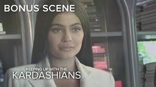 Video KUWTK | Kylie Jenner Tells All on Launching Kylie Cosmetics | E! MP3, 3GP, MP4, WEBM, AVI, FLV Juni 2018