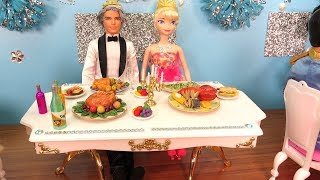 Elsa's Wedding Party ! Elsa and Anna toddlers - Cake - Dance - Music - Food