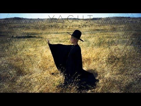 Tekst piosenki Yacht - Psychic City (Vodoo City) po polsku