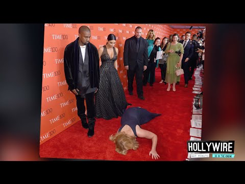 Top 6 MOST AWKWARD Red Carpet Moments!! | Hollywire