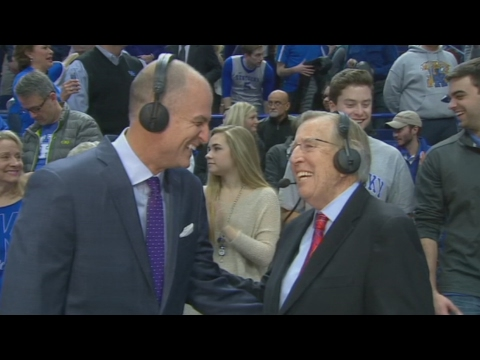 Brent Musburger Signs Off After 50 Years Of Broadcasting | CampusInsiders (видео)