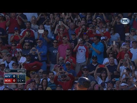 Fenway crowd gives Jeter an ovation in 1st