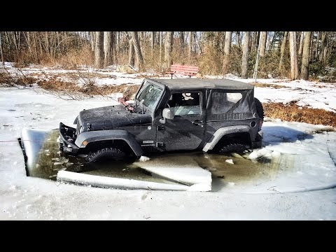 [VIDEO] Here's Why You Shouldn't Try To Drive Your Jeep Over A Frozen Pond