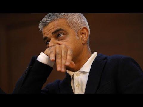 Pro-Brexit-Demo: Londons Bürgermeister unterbricht Rede