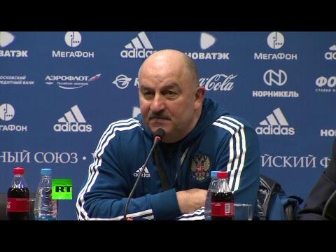 Пресс-конференция главного тренера сборной России по футболу Черчесова перед матчем с Бразилией
