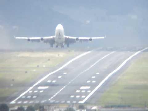 Decolaje 747 Aeropuerto Quito  take off  747 Ecuador - ultimo vuelo