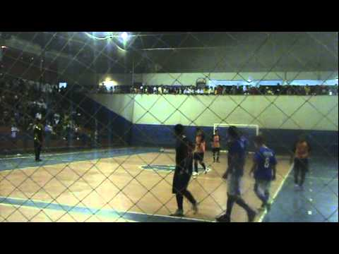 Final Do Campeonato de Futsal  do Salto do Itararé de 2010.Galácticos 4x3 Ideal.