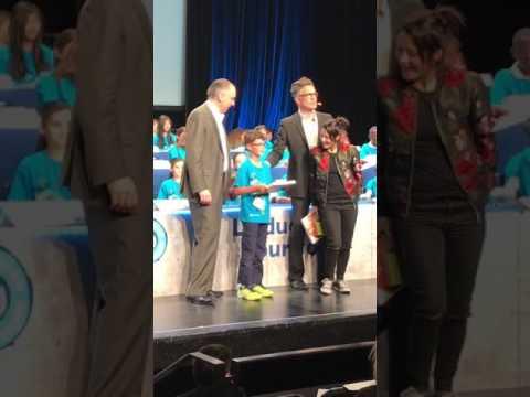 التلميد امين برهان علي طاهر يشرف الجزائر في المسابقة الدولية للاملاء