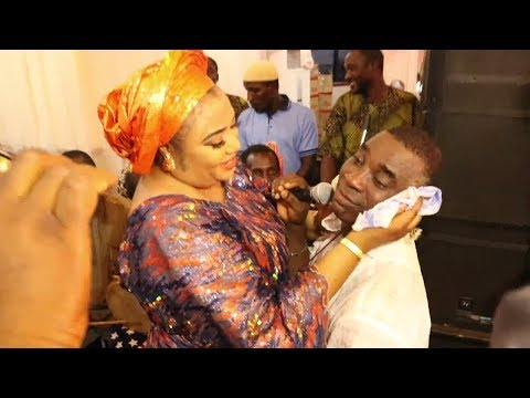 K1 DE ULTIMATE IN ROMANTIC MOOD, SINGS LOVE SONG FOR HIS WIFE, AISHA