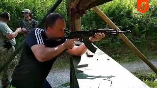 Akcja z Kałachem na polskiej strzelnicy. Tego się nie spodziewali