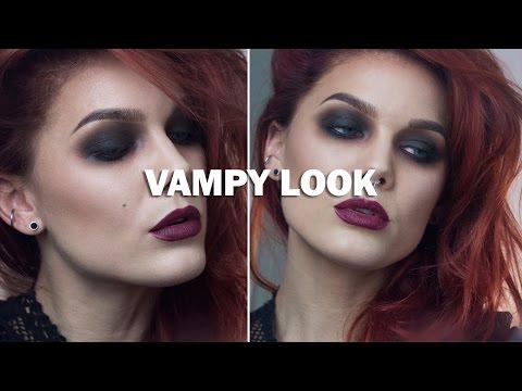 """Linda - Subs attached! Click to activate! www.bangerhead.se Make up-artisten Linda Hallberg visar hur du får till en sensuell """"Vampy look"""" med mörka sotande ögon och ljusare hy är det här..."""