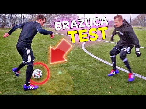 By - Test Offizieller WM 2014 Brasilien Fussball-Spielball: Brazuca ▻ Powered by http://11teamsports.de/fkYTVBho ▻ Hier gibt's den Brazuca: http://www.11teamsport...