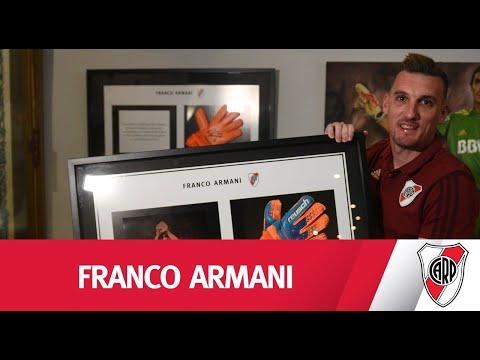 Reconocimiento a Armani por su marca