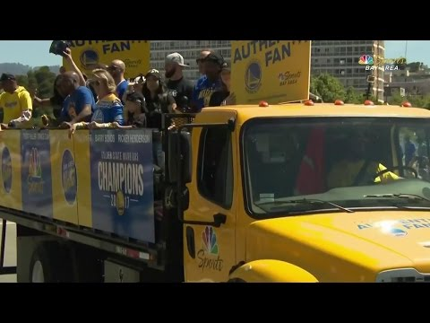 Video: Toaster guy featured in Warriors' title parade
