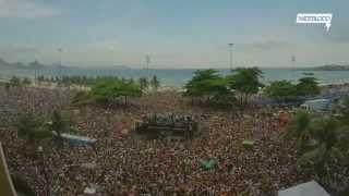 """Local: Copacabana - Posto 5Data: 15/02/2015Músicas: """"Say You'll Be There"""" (New Kids On The Bloco)  """"I Want You Back"""" (New Kids On The Bloco)  """"I Want It That Way"""" (New Kids On The Bloco)Captação e edição: Barril Filmes"""