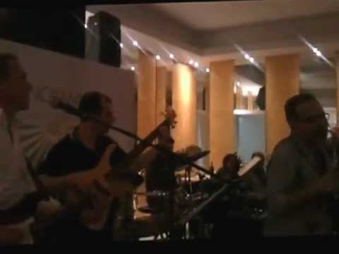 The Bloopers (live at Panoramic Show Restaurant)