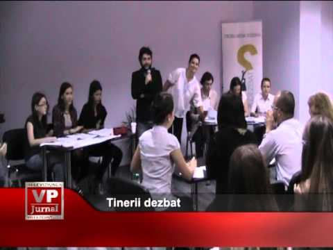 Tinerii  dezbat